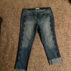 Torrid crop boyfriend jeans